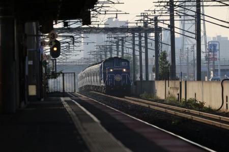 稲積公園駅-はまなす入線