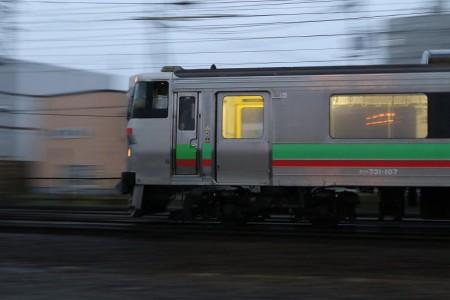 回送電車-731系