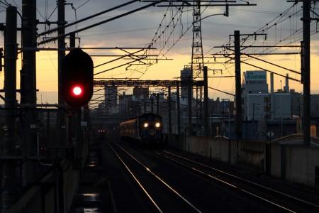 急行はまなす-稲積公園駅目前