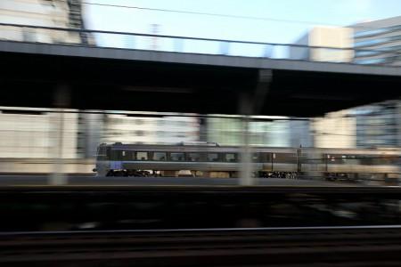 札幌駅^スーパーカムイ流し撮り