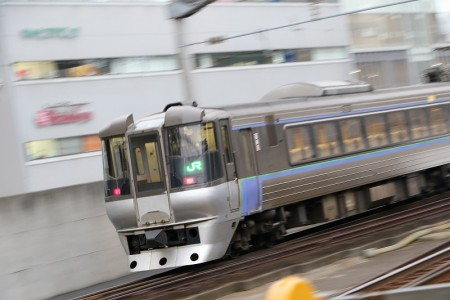 スーパーカムイ-785系