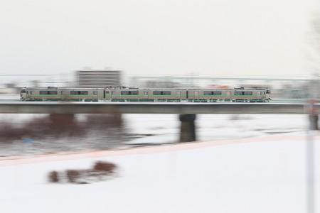 豊平川鉄橋-731系