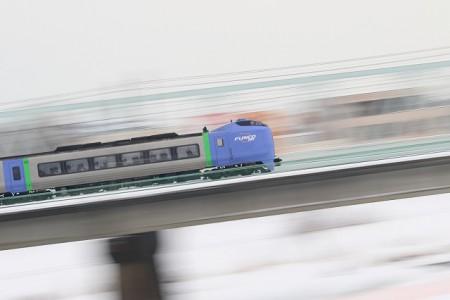 豊平川鉄橋-スーパー北斗