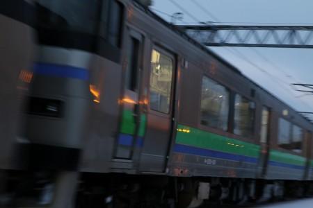 手稲駅-4番線入線