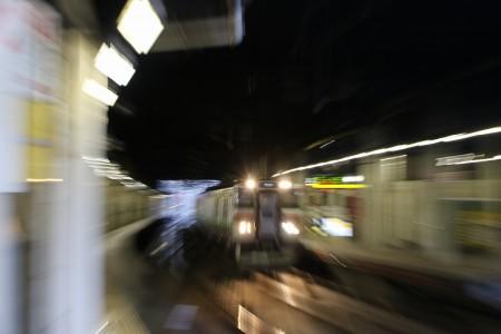 ブレた普通電車