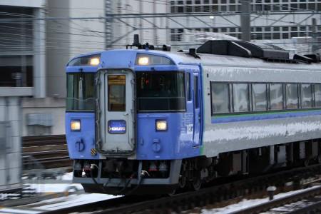 ズーム流し撮り-北斗4号札幌駅