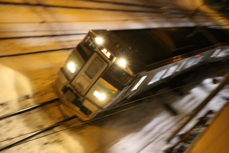 上から流し撮り-回送電車