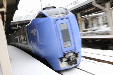 ズーム流し-札幌駅 スーパー北斗