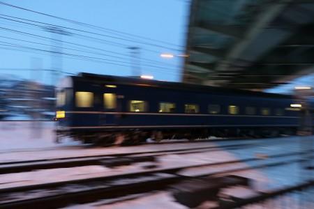急行はまなす-客車ブレ