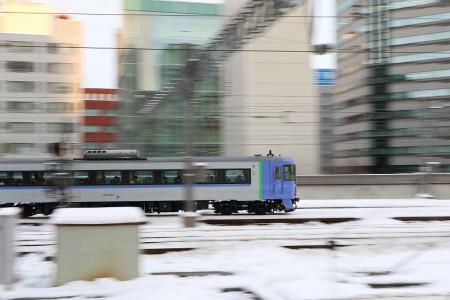 流し撮り 札幌駅-オホーツク キハ183-1554