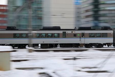 流し撮り-札幌駅 キロハ182 6