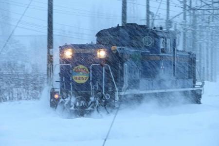 札幌運転所-機回し 機関車DD51 1140