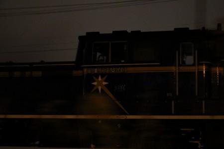 流し撮り-機関車DD51 1140