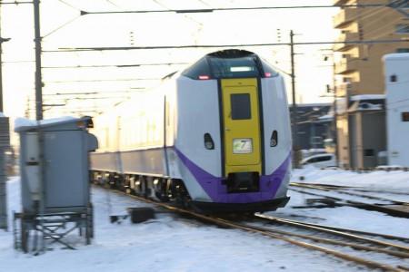 スーパーとかち新色-ST1204 1月31日復帰