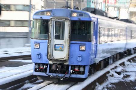 ズーム流し-特急サロベツ 札幌駅