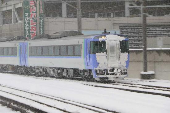 10番線 回送入線-オホーツク 12D キハ183