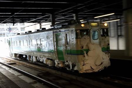 ズーム流し-札幌駅 キハ40