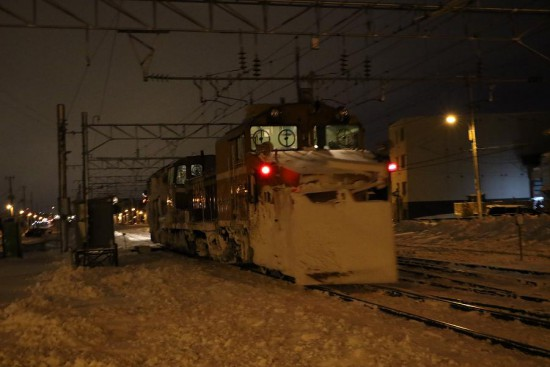 ラッセル車 回送-DE151546 手稲駅付近