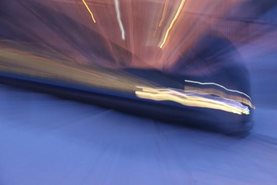 スローシャッター-列車 光線