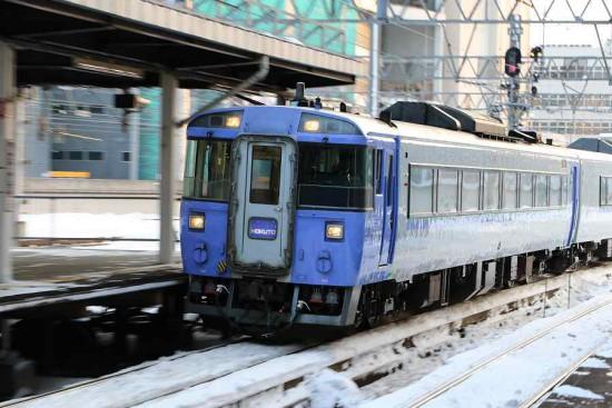 北斗 札幌駅-ズーム流し 札幌駅