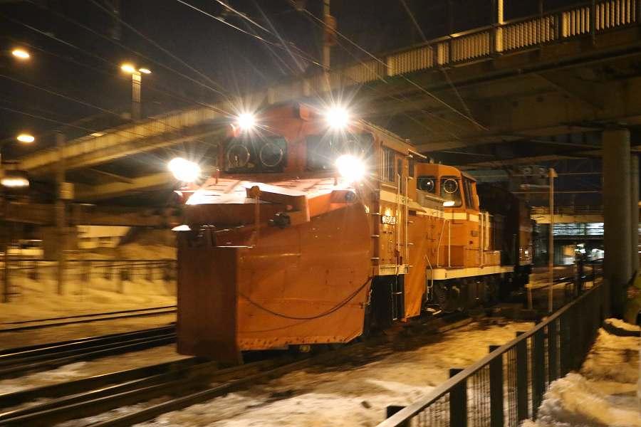 小樽方面から札幌方面への回送ラッセル車-DE15 1543