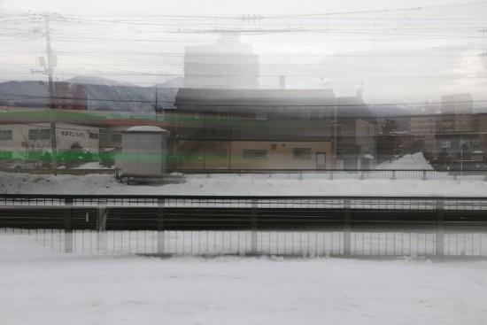 スローシャッター 流し撮り-消える列車 流し撮り