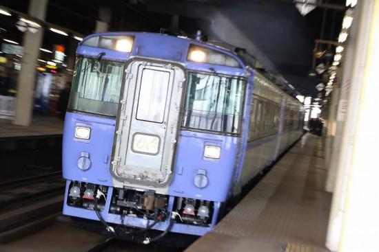 ズーム流し 札幌駅-キハ183 列車