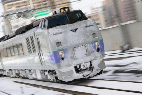 特急オホーツク 流し撮り-札幌駅 スラントノーズ