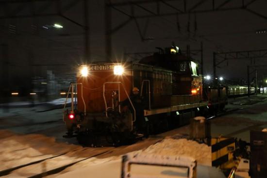 夜 札幌運転所 機回し-DE10