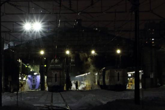 夜 札幌運転所-夜間作業 安全