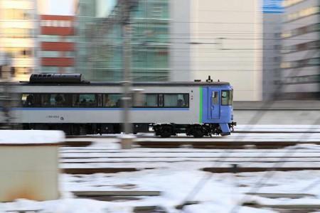流し撮り-札幌駅 オホーツク キハ1831553
