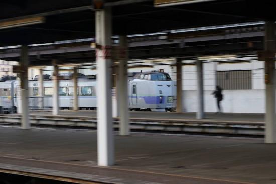 流し撮り 札幌駅 オホーツク 12D