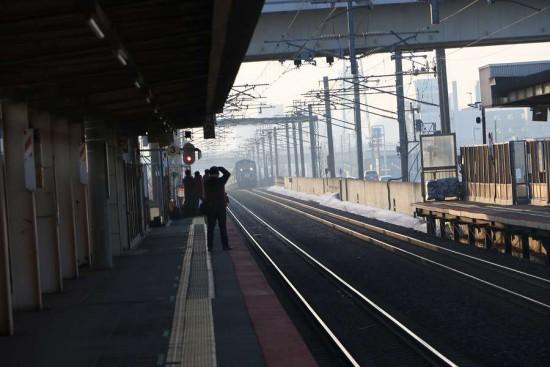 稲積公園駅 回送 急行はまなす 2番線
