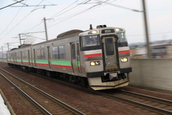 稲積公園駅 苫小牧行き 731系