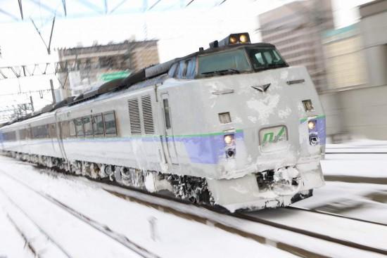 ズーム流し 吹雪-札幌駅 オホーツク 12D