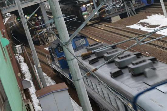 手稲駅付近 急行はまなす 回送 流し撮り ズーム流し