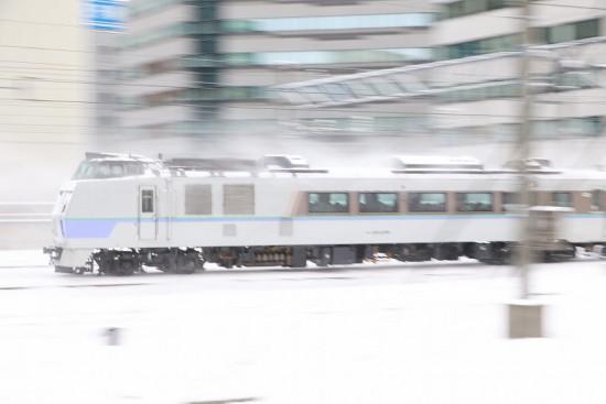 流し撮り 特急 札幌駅-オホーツク1号 11D キハ183系