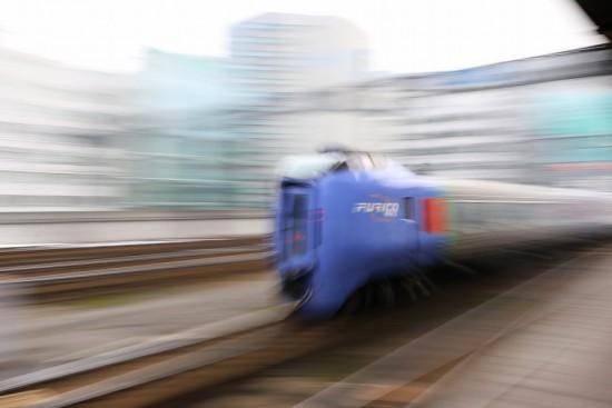 流し撮り 札幌駅-スーパーおおぞら