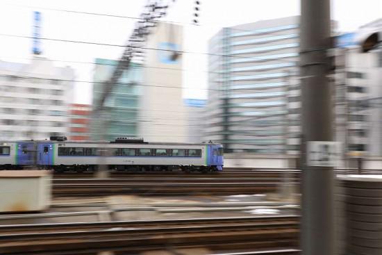 流し撮り 札幌駅-オホーツク キハ183