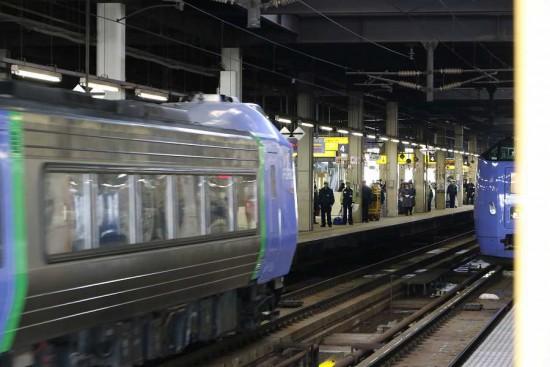 スーパー北斗 到着 札幌駅