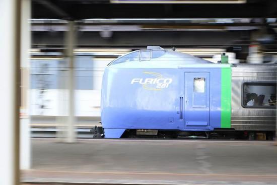 流し撮り スーパー北斗-札幌駅