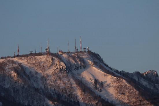 手稲山 朝日 雪