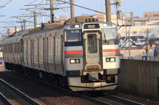ズーム流し 流し撮り 列車 電写 稲積公園駅
