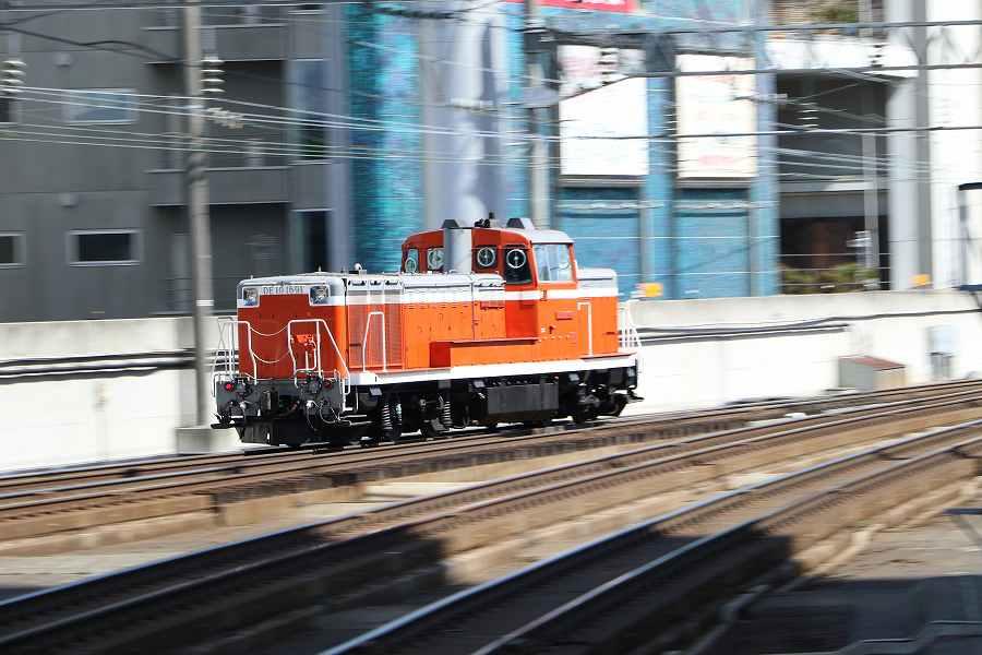 単機の試1191と昼の札幌駅-帰宅時間に夕焼けと列車を楽しむ