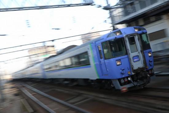 ズーム流し 流し撮り 札幌駅-北斗