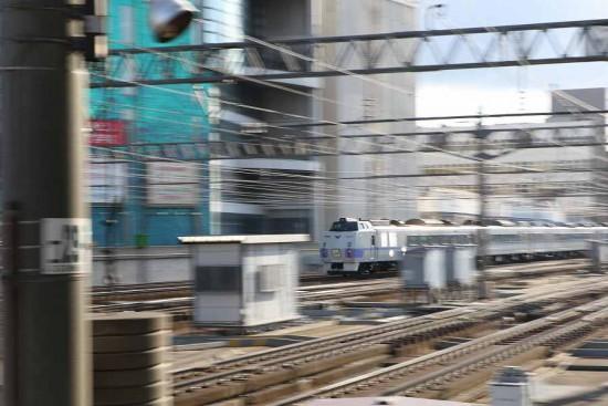 流し撮り 札幌駅 キハ183系-オホーツク
