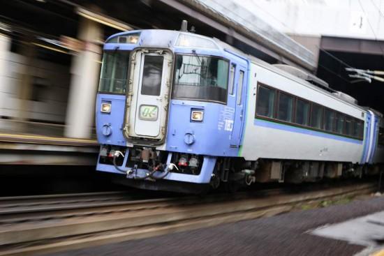 ズーム流し 列車 鉄道 オホーツク