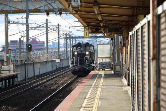 稲積公園駅 DE101692 黒DE10 札幌運転所方