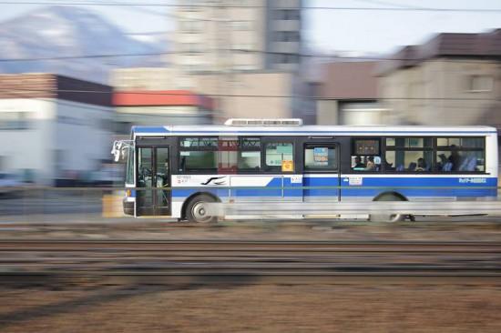 Canon 60D ズーム流し 流し撮り スローシャッター 車 バス
