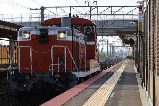 稲積公園駅 DE15 1545 赤単機